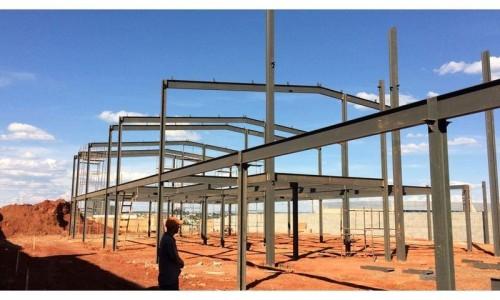 Estruturas Metálicas no Embu